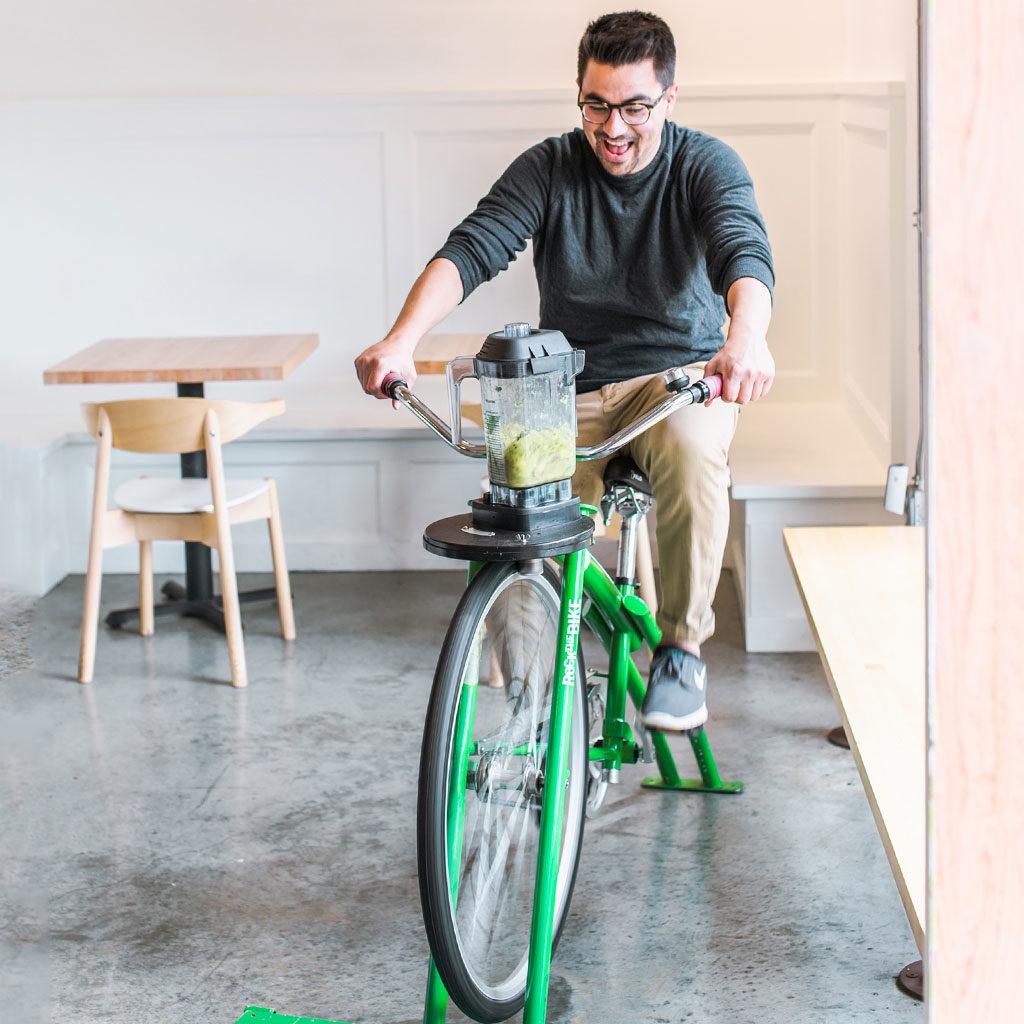 Moberi Bike Powered Smoothie